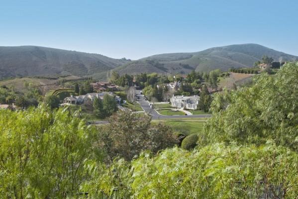 1090 Vista Ridge