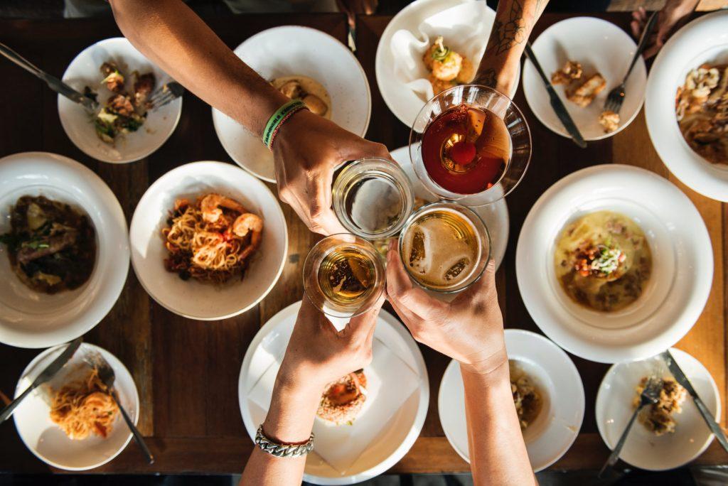 Dining at the Commons at Calabasas