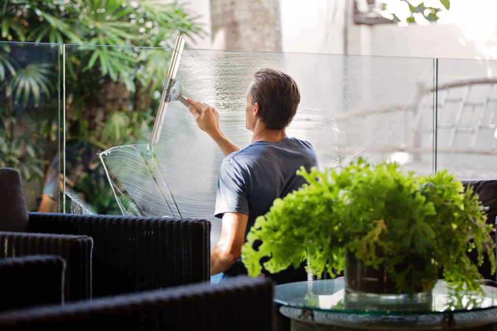 cleaning windows housekeeping