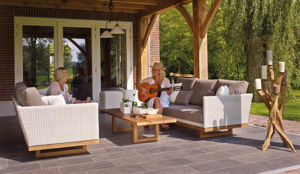 pergola outdoor living