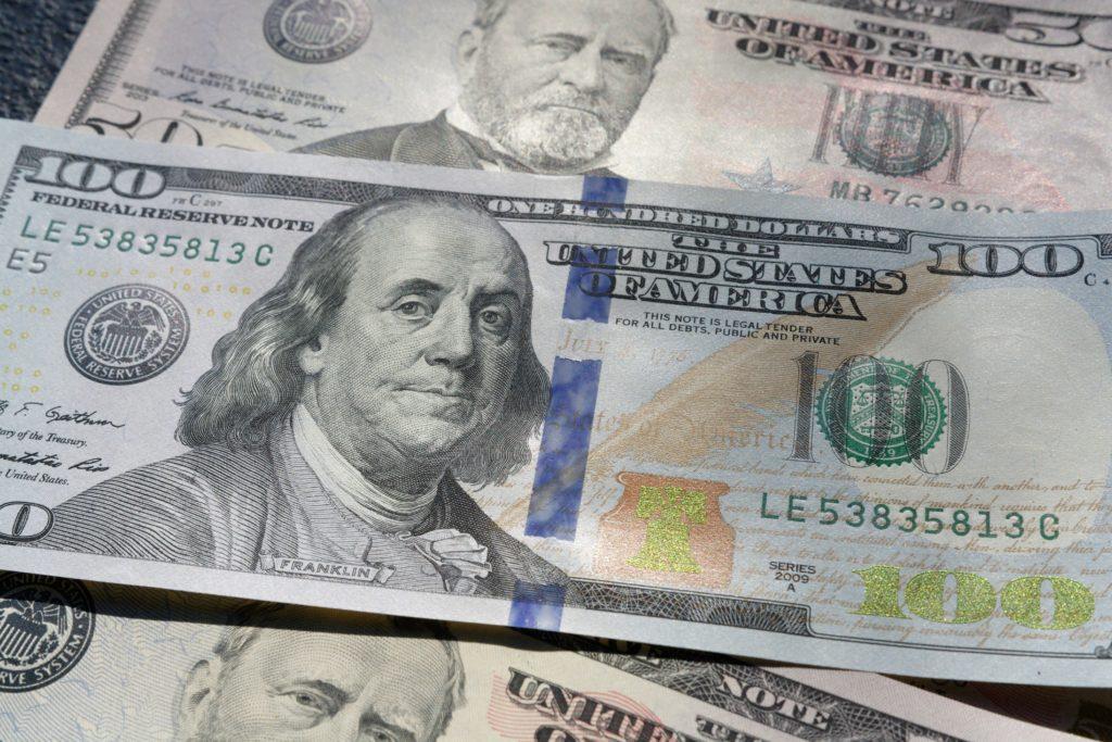 hundred dollar cash money